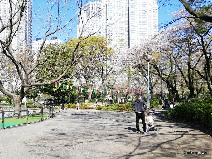 新宿中央公園三輪車貸し出し